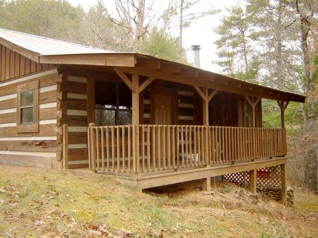Absolute Auction – 7 Cabins, Multi-Use Building, & Residential Lot in Townsend