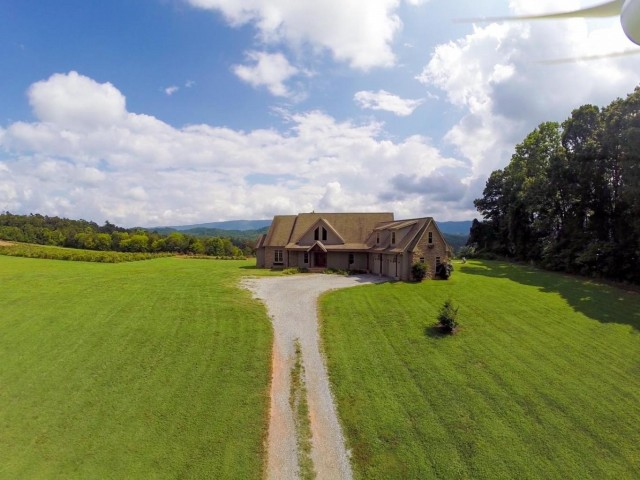 Absolute Auction – Custom Built Home on 17 Acres